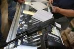 Súng AK-47 cháy hàng tại Mỹ sau lệnh trừng phạt Nga mới nhất