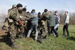Bộ Quốc phòng Nga lên tiếng vụ Ukraine bắt giữ 10 lính dù