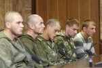 Ukraine cáo buộc Nga tấn công quân sự ở biên giới, bắt giữ thêm 1 lính