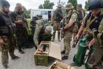 Ukraine đồng ý rút quân khỏi miền Đông 30 km