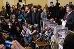 Bầu cử Ukraine: Phe ủng hộ phương Tây giành chiến thắng