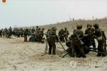 Kim Jong-un chỉ đạo nữ xạ thủ Triều Tiên tập trận