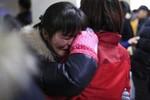 Reuters: Giẫm đạp chết người ở Thượng Hải do tranh nhau nhặt tiền giả