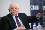 Gorbachev cảnh báo về chiến tranh toàn diện ở châu Âu