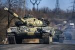 Kiev cáo buộc phe ly khai triển khai xe tăng dài 3km trên biên giới