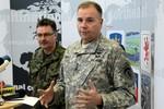 Mỹ tổ chức huấn luyện quân sự cho lực lượng Ukraine tham chiến ở miền Đông