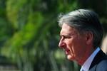 Ngoại trưởng Anh yêu cầu Nga trả Crimea cho Ukraine