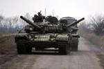 Kiev cáo buộc 22 xe tăng, 800 lính đánh thuê Nga vừa xâm nhập lãnh thổ
