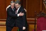 """Ba Lan cho Ukraine vay tiền xây """"bức tường Berlin"""" trên biên giới với Nga"""