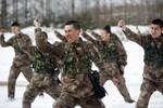 """Trung Quốc chỉ trích """"một số nước"""" hành xử như xã hội đen, đe dùng vũ lực"""