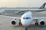 Động cơ ngừng hoạt động, máy bay Singapore Airlines rơi tự do 4.000m