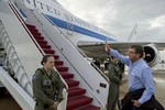 Báo Nga: Ash Carter thuyết phục đồng minh tiếp cận 2 mặt với Moscow