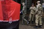 Chính phủ Kiev đang hoảng loạn trong cuộc đối đầu với Right Sector