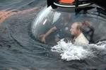 Video: Putin lặn khảo sát đáy Biển Đen trong chuyến thăm Crimea