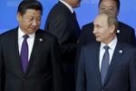"""Báo Israel: Trung Quốc đang """"bỏ rơi"""" Nga vì tiền"""