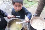 Chung tay vì tầm vóc Việt: sữa hay bữa cơm có cá khô?