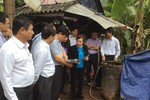 Cùng Bộ trưởng xem nơi ăn chốn ở của dân