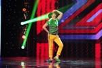 """Thí sinh bị rớt ở The Voice """"điên khùng"""" trên sân khấu X-Factor"""