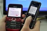 Gửi tin nhắn trúng thưởng làm mồi nhử lừa tiền khách hàng