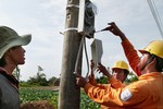 Lãi 6.000 tỉ, EVN vẫn đòi tăng giá điện