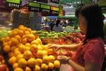 """Người bán lẻ khẳng định """"cam Vinh"""", chợ đầu mối bảo """"cam TQ"""""""