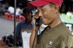 Viettel thất bại tại Myanmar vì... tiền?