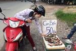 Cua biển 50 nghìn đồng/kg tràn vỉa hè Hà Nội: Nghi ngờ cua Trung Quốc