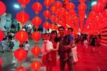 """Quảng trường Royal City rực rỡ sắc màu trong """"Ngày hội Trăng rằm"""""""