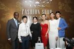 Tự ái, Lý Nhã Kỳ đem Paris fashion week về Việt Nam