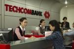 Techcombank liên tiếp nhận hai giải thưởng quốc tế uy tín