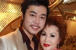 Hoàng Việt: '13/13/2013 sẽ cưới Yvonne Thúy Hoàng'!