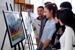 Sinh viên hứng thú với những kỹ năng nhiếp ảnh bằng điện thoại