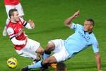 Arsenal 0-2 Man City: 2 thẻ đỏ, 3 điểm cho Man xanh