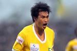 Chọc thủng lưới đội bóng quê vợ, Công Vinh lập kỷ lục mới ở V-League