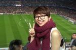 Ca sĩ Tóc Tiên làm khán giả đặc biệt trận Barca - PSG