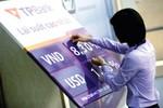 Ngân hàng đồng loạt giảm lãi suất, DN có được hưởng lợi?
