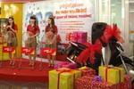 500 hành khách Vietjet Air trúng thưởng xe SH, điện thoại Samsung