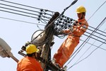 Kêu lỗ nghìn tỷ, EVN xin chuyển vào giá điện
