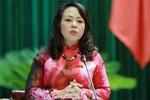 Bộ trưởng Bộ Y tế chia sẻ với người dân đi khám bằng thẻ bảo hiểm