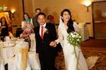 """""""Út Ráng"""" Kim Hiền rạng rỡ trong lễ cưới tại Mỹ với chồng thứ hai"""