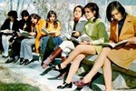 Vẻ gợi cảm của phụ nữ Iran những năm 60