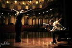 Chí Anh khiêu vũ 'giành' tình yêu