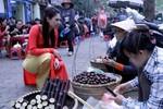 Thanh Thảo ăn vặt vỉa hè Hà Nội