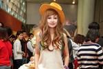 MC Việt Nga ăn mặc lòe loẹt