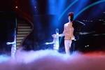 Màn nhảy 'hai mặt' bí ẩn của Nguyễn Công Đạt