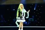 Hồng Nhung với tạo hình cosplay độc đáo trên sân khấu The Voice