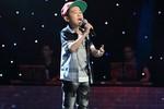 Ngọc Duy hát về mẹ 'chạm đến tim' cả khán phòng The Voice Kids
