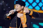 Quang Anh biến The Voice thành sân chơi với hit của Tùng Dương