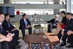 Trưởng Ban Kinh tế Trung ương chào xã giao nguyên Tổng thống Israel