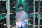 Cử nhân Ngoại thương gác bằng đại học đi trồng nấm